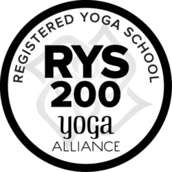 Yoga SCHOOL RYS 200
